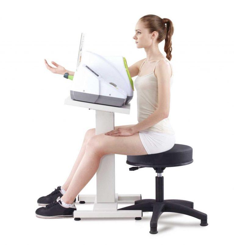 BPBIO-320S_Testing-Posture_Apr201-1467x1536